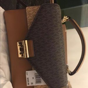 MICHAEL Michael Kors Sloan Medium Logo and Leather